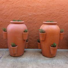 photo by happymundane on Instagram #modern #terracotta #pots
