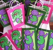 Cute favor bags!