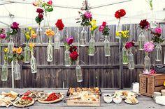 How to Throw a Backyard Wedding : Decor Decoration Buffet, Deco Buffet, Deco Table, Rustic Buffet, Buffet Chic, Rustic Platters, Marquee Decoration, Rustic Table, Floral Wedding