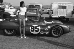 "Carroll Shelby's Cooper-Monaco ""King Cobras"" Grid Girls, Vintage Racing, Vintage Cars, Vintage Auto, Le Mans, Grand Prix, Shelby Car, Carroll Shelby, King Cobra"