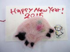 羊毛フェルトのブローチ(羊、ピンク) Pink sheep needle wool felted brooch