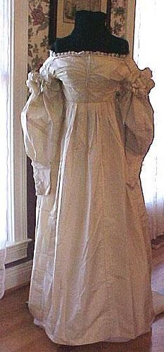1825 Gown