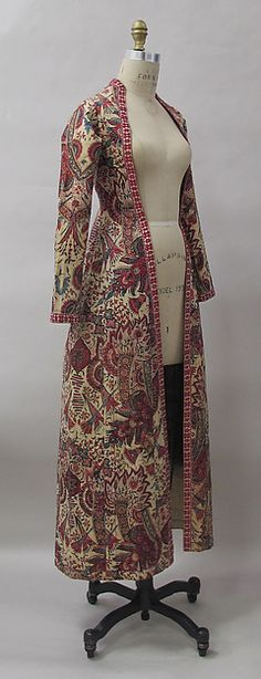 Robe, mid-18th century Culture: Dutch Medium: cotton, linen Dimensions: Length at CB: 52 3/8 in. (133 cm) Accession Number: 2012.561 Comment by pinner: this is a woman's banyan.