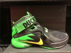 sale retailer af654 c5762 NIKE LEBRON IX 9 OREGON DUCKS BLACK APPLE GREEN YELLOW 749490 073  180  Tenis Basketball,