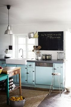 Tones likes seafoam, lavender, baby blue, and soft pink may seem like unusual choices for a kitchen, but in the hands of the right designer they can be absolutely divine. For proof, look no further than these eight inspiring spaces, where soft colors produce delicious results.