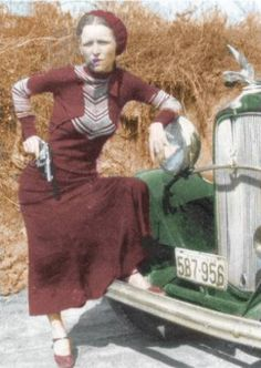 Bonnie Parker (1910–1934) probably the most famous female gangster ...
