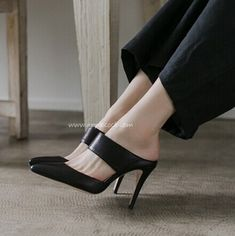Plus Size 40-44 Women's Pumps Pointed Toe 2016 New High Heel Shoes 9cm Black Slippers Small 30-33 Genuine Leather Sandalia