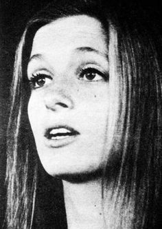 linda mccartney at DuckDuckGo Jane Asher, Paul Mccartney And Wings, Mary Mccartney, Linda Eastman, Sir Paul, Steve Perry, Famous Photographers, Wife And Girlfriend, Great Bands