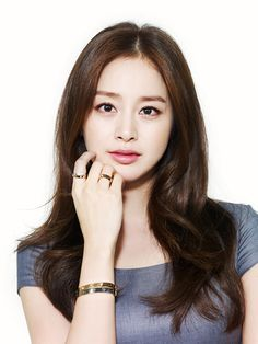 Image uploaded by private zombie*॰ॱ ୨୧. Find images and videos about korean, actress and kim tae hee on We Heart It - the app to get lost in what you love. Korean Star, Korean Girl, Korean Beauty, Asian Beauty, Cartier Love Collection, Korean Celebrities, Celebs, Asian Woman, Asian Girl
