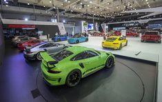 911 GT2 RS i 911 GT3 RS - ekstremalnie sportowe premiery Porsche w Poznaniu  ️W dniach 5-8 kwietnia odbyła się największa wystawa motoryzacyjna w Polsce – Poznań Motor Show 2018. Z tej okazji Porsche przygotowało dla zwiedzających aż 14 sportowych samochodów. ️️️️ Reszta informacji z ekstremalnych premier➡️  http://nowoscimotoryzacyjne.pl/samochody/porsche/216-911-gt2-rs-i-911-gt3-rs-ekstremalnie-sportowe-premiery-porsche-w-poznaniu