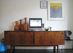 incredible TV table/art display space