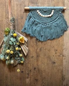 """Priscilla Spruijt's Instagram post: """"➿ laurel ➿  Prachtige warme kleur dit hè? Laurel heet deze kleur soort groen-blauw. Mooi in combinatie met de warme houten tinten 👌🏼  Wij…"""" Crochet Necklace, Jewelry, Crochet Collar, Jewels, Schmuck, Jewerly, Jewelery, Jewlery, Fine Jewelry"""