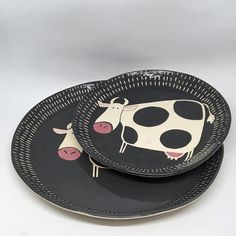 #Handmadegifts #handmade #ceramics #pottery #ceramic #etsy #etsyshop #etsyseller #oneofakind #art #love #artistoninstagram #decoration #artwork #bowl #mug #artist #original #farmlife #nature #animals #unique #weddinggift #breakfast #gift #cow #clay #porcelain #design #pin