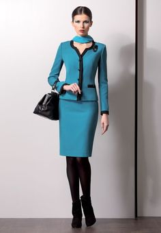How to Style Business Skirt Suit Ideas – Designers Outfits Collection Suit Fashion, Work Fashion, Nice Dresses, Dresses For Work, Amazing Dresses, Stylish Suit, Dress Suits, Skirt Suits, Women's Suits