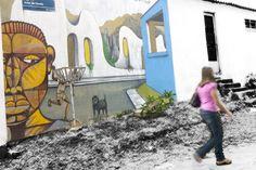 """Com o objetivo de difundir o graffiti como arte e tirar o estigma de vandalismo, que nasceu com a pixação, a subprefeitura de Cidade Tiradentes lançou o Cidade Tiradentes Cores Vivas. A ideia do projeto surgiu a partir das aulas de graffiti de Kadu Credo, realizadas na Estação de Juventude. A Estação é um espaço...<br /><a class=""""more-link"""" href=""""https://catracalivre.com.br/geral/urbanidade/indicacao/projeto-cores-vivas-cidade-tiradentes/"""">Continue lendo »</a>"""