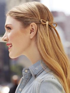 Try this cute hair bow for prom!