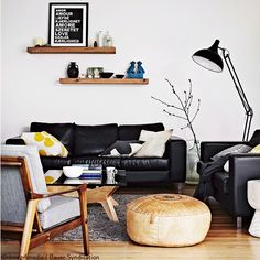 scandinavian lounge with black leather sofa Black Leather Sofas, Home Decor Inspiration, Home Living Room, Leather Couches Living Room, Black Sofa Living Room, Home Decor, Couches Living Room, Sofa Decor, Home And Living