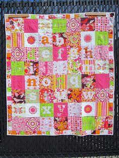 alphabet quilt :: sea horse quilts