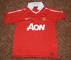 694772ab0 Manchester United 2010 home Jersey Soccer / Football NIKE Shirt #12 RED  Size M #