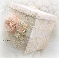 Money Box Wedding, Card Box Wedding, Baby Keepsake, Keepsake Boxes, Diy Gift Baskets, Diy Gift Box, Beautiful Flower Arrangements, Altered Boxes, Tissue Box Covers