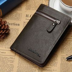 Leather Bifold Men's Wallet With Credit/ID Card Holder