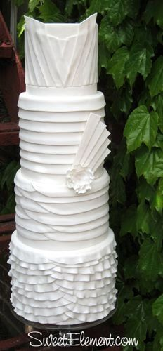 #white #modern and very artistic cake by Sweet Element