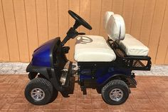 SX-5-cricket-collapsible-golf-cart Crossover Cars, Electric Golf Cart, Rodeo Life, Custom Wheels, Golf Carts, Cricket, Cool Things To Buy, Psp, Stability
