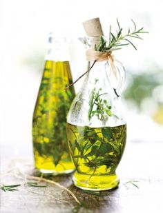 41 ideas gifts diy food olive oils for 2019 Wine Glass, Glass Vase, Small Business Cards, Diy Cadeau, Beer Cooler, Wine And Beer, Last Minute Gifts, You Are The Father, Diy Food