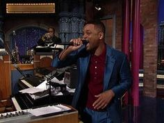 David Letterman - Will Smiths Impromptu Rap Paul and the band rocked the track so nice Will had to take a sec to reminisce on the mic.