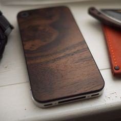 Material 6 Black Walnut iPhone Back