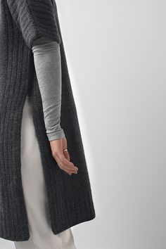 Ravelry: FW15 | Truss pattern by Shellie Anderson  with photography by Joanna Schilling