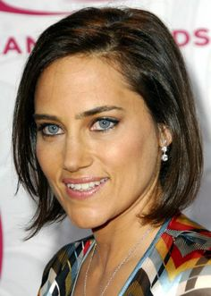 short haircuts for thick hair women - Google Search