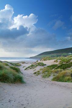 Saunton Sands, Devon, England, so beautiful can't wait till July to go here. Saunton Sands, D Devon Beach, Seaside Beach, British Beaches, British Seaside, Reisen In Europa, Landscape Pictures, Beach Scenes, Beautiful Beaches, Beautiful Landscapes