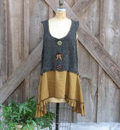 Recycled reconstructed upcycled sweater vest and linen tunic in gold and black. This wonderful recycled knit sweater vest is in a tweed of dark