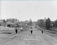 Pennant Hills Rd,Thornleigh,looking south in between the years of 1911-1923.