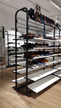 kokerstructuur bij Ralet #sluis #maatwerk #shoes #helbigbe #shoppingexperience
