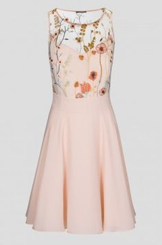 Elegantní šaty s lučními motivy | ORSAY