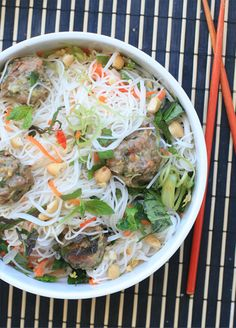 Bun Cha - Vietnamese Rice Noodle Salad With Herbs And Pork Meatballs Recipe (Girl Cooks World)
