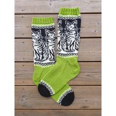 Viiksivallut - FIN | Hand Finnished, käsin neulottu Suomessa Knitting Socks, Hand Knitting, Cool Socks, Awesome Socks, Thick Yarn, Cat Pattern, Knitwear, Take That, Tabby Cats