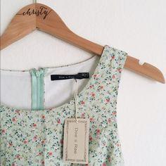 Doe & Rae Summer Dress Perfect lightweight dress for a summer picnic! Runs small. Lining: 100% Polyester. Exterior: 100% Cotton. Doe & Rae Dresses
