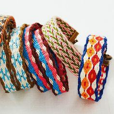 カードでできる小さな手織り 織り模様がかわいいブレスレットの会