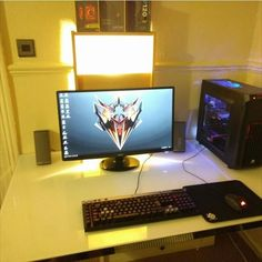 @dr0pdeadcxnt with his simple single monitor setup. The only thing i can see that needs improvement is personality. Add some things that make it yours. 7.75/10. What do you guys think? Comment below!  Check out my YouTube channel!! Link in the description Wanna play some steam games with me? Add me!! Steam name: cleansetups #l4l #gaming #pc #pcmasterrace #gamingsetup #ff #xbox #playstation #csgo #consolegaming #consolemasterrace #cleangaming #callofduty #steamgaming #gaminglife #homedesign…