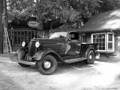 Title  1935 Dodge Classic  Artist  Glenn McCarthy Art and Photography  Medium  Photograph - Original Photography
