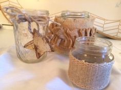 Super Cute Storage: Rustic Beribboned Mason Jars