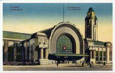 Central Railway Station - Eliel Saarinen - Helsinki, Finland (1873-1950)