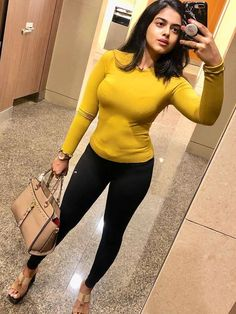 Indian Actress Photos, Indian Actresses, Girls In Panties, Girls Club, Body Inspiration, Indian Designer Wear, Unique Outfits, Girls Jeans, Atc