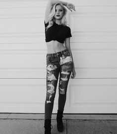 Jordyn Jones LA #BW  IG: https://www.instagram.com/p/BYZmUGRHQDr/ #jordynjones #actress #model #dancer #singer #designer https://www.jordynonline.com