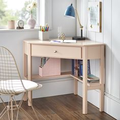Our Best Home Office Furniture Deals Wood Corner Desk, Corner Writing Desk, Small Corner Desk, Small Desks, Small Desk Space, Corner Office Desk, Small Home Office Desk, Study Corner, Cheap Corner Desk