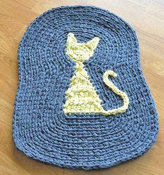 Kitty crochet rag rug