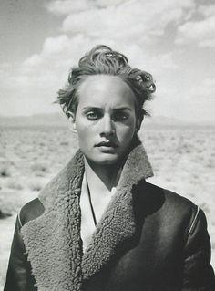 Harper's Bazaar - Azzedine, Arizona - Amber Valletta - Jan 1995